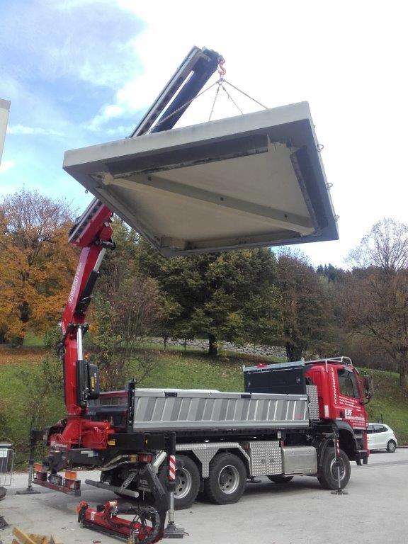 Unser neuer LKW Tatra ist schon voll im Einsatz